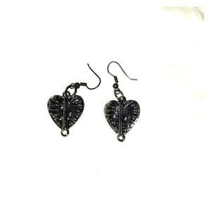 New Handmade Gun metal heart shaped earrings